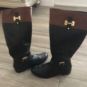 GREAT CONDITION- Karen Scott Boots